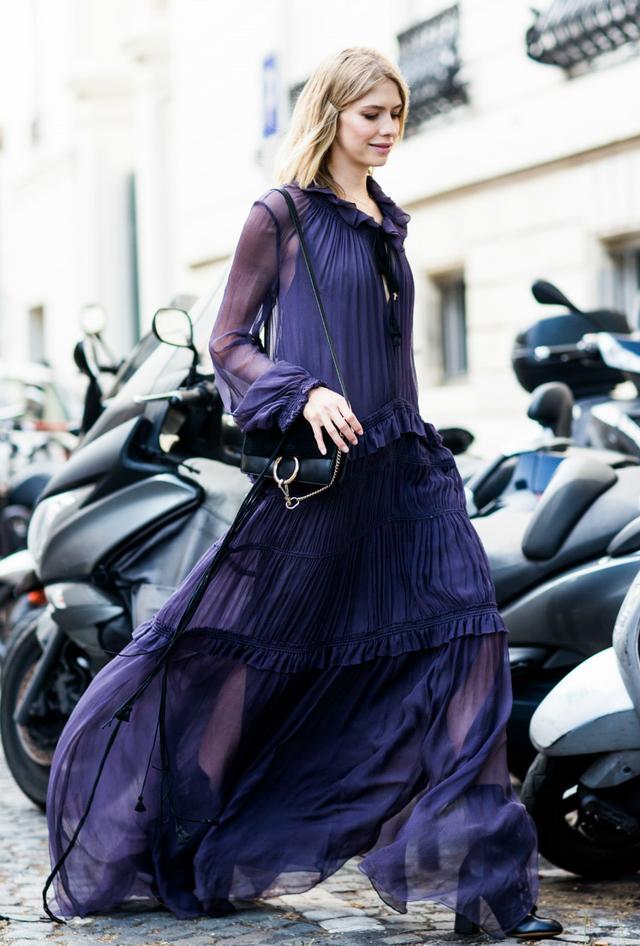 春天来了 快穿上这条美美的纱裙吧